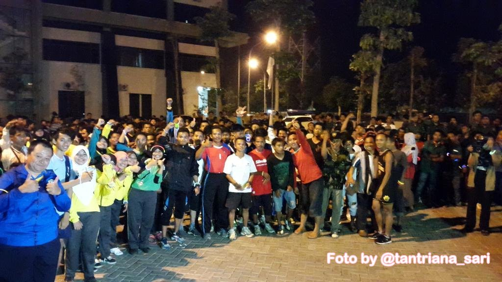 Kraksaan Night Run – Go Glow!